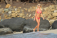 PAP0101374.VICTORIA SILVESTEDT IN PINKPAP0101375.AFTER LUNCH AT THE TAIWANA RESTAURANT, JULIANNE HOUGH AND RYAN SEACREST WENT TO A DRINK AT A FRIEND'S HOME CLOSE TO THE BEACH. IT WAS TOO MUCH TO JUIANNE WHO TUMBLED BUT KEPT HER DRINK STRAIGHT