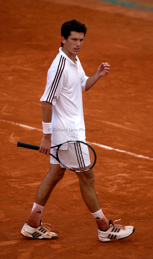 Photo. Jed Wee..French Open Tennis Championships, Roland Garros, Paris, France. 29/05/2003..Tim Henman.
