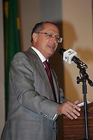 SÃO PAULO, SP, 09 DE MARÇO DE 2012 - POSSE DO SECRETARIO DE EMPREGOS E RELAÇAO DO TRABALHO - o   Governador Geraldo Alckmin  empossa o novo secretário de emprego e relações de trabalho Carlos Andreu Ortiz em cerimônia no Palacio dos Bandeirantes nesta tarde. FOTO: ADRIANA SPACA - BRAZIL PHOTO PRESS