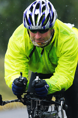 12 JUN 2011 - BRANSGORE, GBR - Richard Ginn - Enduroman Ultra Triathlon Championships (PHOTO (C) NIGEL FARROW)