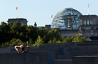 24 AUG 2009 - BERLIN, GER - The Holocaust Memorial in Berlin in the shadow the Reichstag (PHOTO (C) NIGEL FARROW)