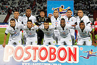 MANIZALES  -COLOMBIA. 19-NOVIEMBRE-2014. Formacion  del  Once Caldas contra el  Independiente Santa Fe   partido de los cuadrangulares semifinales  fecha 2 de La Liga Postobon 2014- II jugado en el estadio Palogrande . / Team of  Once Caldas against of  Independiente  Santa Fe  Party runs semifinals 2th dated 2014-2 of  Liga Postobon  played in the stadium Palogrande:  VizzorImage / Santiago Osorio / Stringer