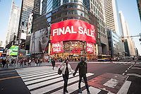 """The H&M department store in Times Square advertises their """"final sale"""" on merchandise, seen on Wednesday, January 25, 2017. (© Richard B. Levine)"""