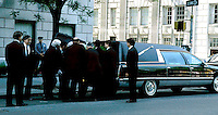 Jackie KENNEDY ONASSIS DEATH CARRYING CASKET OUT.PHOTO BY:JONATHAN GREEN