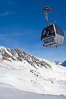 CHE, Schweiz, Kanton Bern, Berner Oberland, Grindelwald: First-Gondelbahn | CHE, Switzerland, Bern Canton, Bernese Oberland, Grindelwald: First-cable car