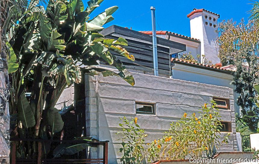 Rudolph Schindler: El Pueblo Ribera Apts., La Jolla 1923. Moderne style. Photo '97.