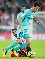 Athletic de Bilbao's Raul Garcia (l) and FC Barcelona's Sergio Busquets during La Liga match. October 28,2017. (ALTERPHOTOS/Acero) /NortePhoto.com