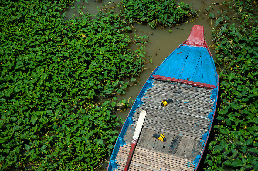 Activities and way of life, around and on the Tonle Sap Lake, Siem Reap area, Cambodia