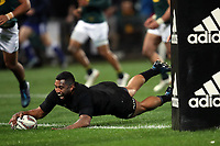 Lima Sopoaga scores during the Rugby Championship match between the New Zealand All Blacks and South Africa Springboks at QBE Stadium in Albany, Auckland, New Zealand on Saturday, 16 September 2017. Photo: Shane Wenzlick / lintottphoto.co.nz