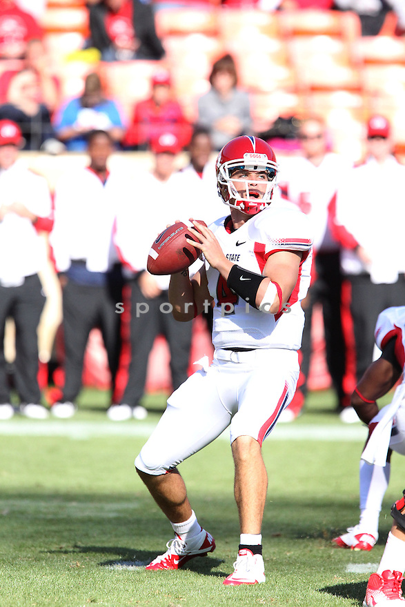 DEREK CARR, of the Fresno State Bulldogs, in action during Fresno State's  game against the California Golden Bears, on September 03, 2011 Candlestick Park in San Francisco, CA. Cal beat Fresno State 36-21.
