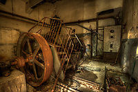 This was where the water run under here and drove this wheel, so the hart of the mill