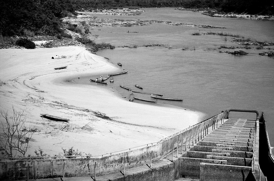 """Mekong Dam Victims - Thailand. The fish ladder promoted by the World Bank has proved useless and has been renamed 'the fish thrower' by the locals, as the only way to make the fish go up is to throw it up. The building of the Pak Mun Dam in Thailand has lead to strong opposition by the local population as the number of fish and fish species in the river is dramatically reduced because of the dam, affecting more than 20,000 people. Known as """"The Mother of Waters"""", more than 60 million people depend on the Mekong river and its tributaries for food, fresh water, transport and other aspects of daily life. The construction of big dams is now threatening the life of these people aswell as the vital and unique ecosystem of the river."""
