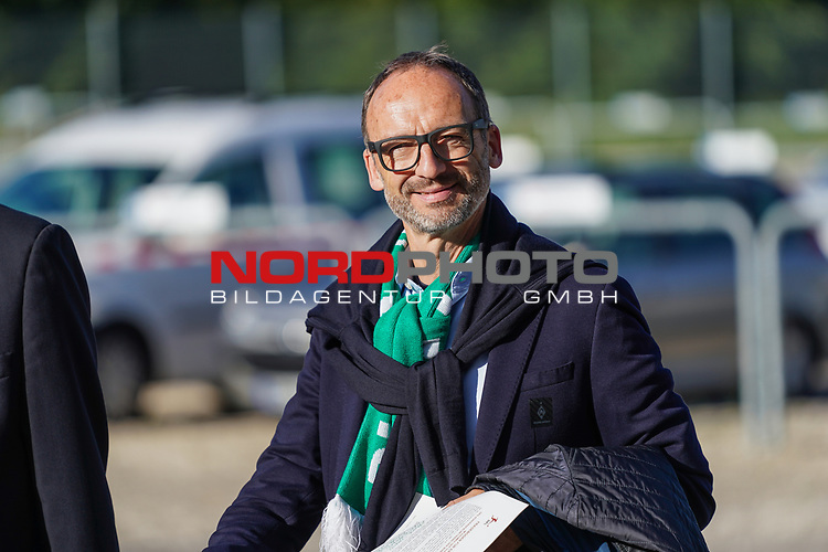 Thomas Krone ( Werder Aufsichtsrat)<br /> <br /> <br /> Sport: nphgm001: Fussball: 1. Bundesliga: Saison 19/20: Relegation 02; 1.FC Heidenheim vs SV Werder Bremen - 06.07.2020<br /> <br /> Foto: gumzmedia/nordphoto/POOL <br /> <br /> DFL regulations prohibit any use of photographs as image sequences and/or quasi-video.<br /> EDITORIAL USE ONLY<br /> National and international News-Agencies OUT.