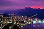Anoitecer na enseada de Botafogo. Rio de Janeiro. 2001. Foto de Ricardo Azoury.