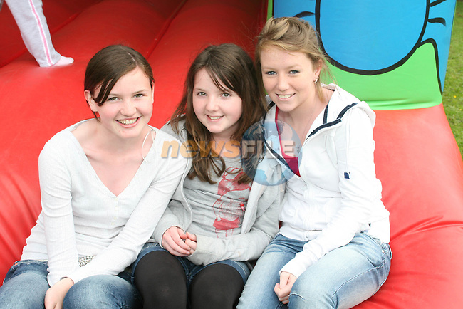 Hannah Lynch, Lynn McKenna and Ellen Brennan at the Annual Family Fun Day in 5 Oaks...Photo NEWSFILE/Jenny Matthews.(Photo credit should read Jenny Matthews/NEWSFILE)....This Picture has been sent you under the condtions enclosed by:.Newsfile Ltd..The Studio,.Millmount Abbey,.Drogheda,.Co Meath..Ireland..Tel: +353(0)41-9871240.Fax: +353(0)41-9871260.GSM: +353(0)86-2500958.email: pictures@newsfile.ie.www.newsfile.ie.FTP: 193.120.102.198.