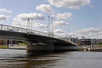 Il ponte Aleksanterinkadun dell&rsquo;architetto Mikko Kairan.<br /> The bridge Aleksanterinkadun by architect Mikko Kairan.Porvoonjoki river.<br /> Il fiume Porvoonjoki.<br /> Porvoo Borg&aring; &egrave; un&rsquo;antica citt&agrave; medievale dichiarata dall'UNESCO patrimonio dell'umanit&agrave;.<br /> Porvoo Borg&aring; is an old medieval town, UNESCO World Heritage Site.