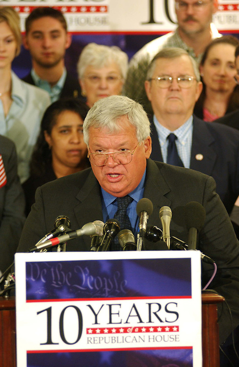 9/22/04.HOUSE GOP ACCOMPLISHMENTS--House Speaker J. Dennis Hastert, R-Ill., during a rally of House Republicans celebrating ten years of their majority rule.  CONGRESSIONAL QUARTERLY PHOTO BY SCOTT J. FERRELL