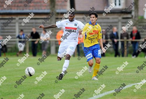 2013-07-03 / Voetbal / seizoen 2013-2014 / Westerlo - Waasland-Beveren / Jaime Ruiz (l. Westerlo) met Cale<br /><br />Foto: Mpics.be