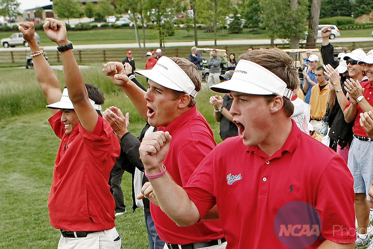 21 MAY 2010:  Florida Southern golfers celebrate winning the team national championship of the Division II Men's Golf Championship held at the Sagamore Golf Club in Noblesville, IN.  Andrew Hancock/ NCAA Photos