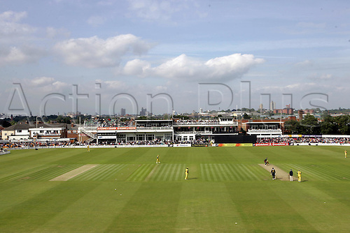 11 June 2005: General view of the ground during the game between the Leicestershire Foxes and Australia at Grace Rd, Leicester. Photo: Neil Tingle/Actionplus..050611 venues
