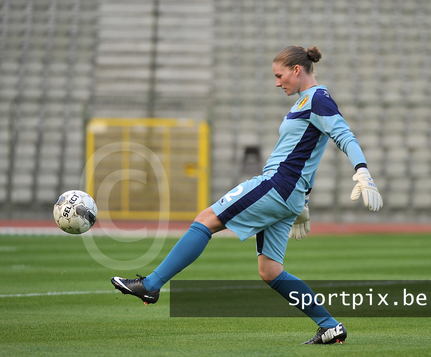 20130921 - BRUSSELS , BELGIUM : Belgian Sofie Van Houtven pictured during the female soccer match between Belgium and Albania , on the first matchday in group 5 of the UEFA qualifying round to the FIFA Women World Cup in Canada 2015 at the Koning Boudewijn Stadion , Brussels . Saturday 21th September 2013. PHOTO DAVID CATRY