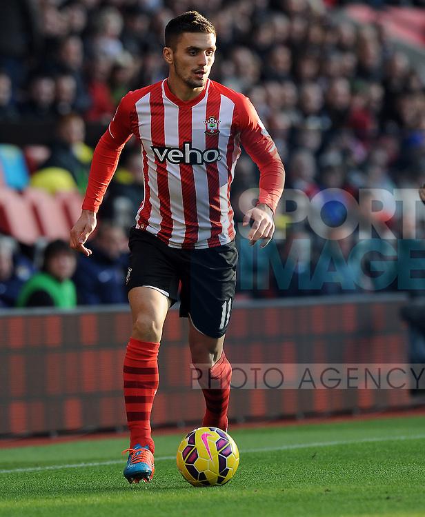 Dusan Tadic of Southampton<br /> - Barclays Premier League - Southampton vs Manchester City - St Mary's Stadium - Southampton - England - 30th November 2014 - Pic Robin Parker/Sportimage
