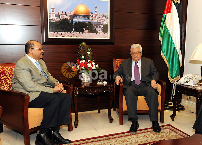 Palestinian President Mahmoud Abbas (Abu Mazen) meets with the Egyptian Ambassador Yasser Othman, in the West bank city of Ramallah on August 20, 2011. Photo by Mufeed Abu Hasnah