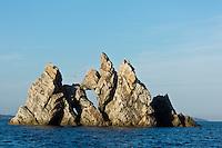 Europe/Provence-Alpes-Côte d'Azur/83/Var/Iles d'Hyères/Ile de Porquerolles:  Le cap des Mèdes se caractérise par les rochers aux formes étonnantes