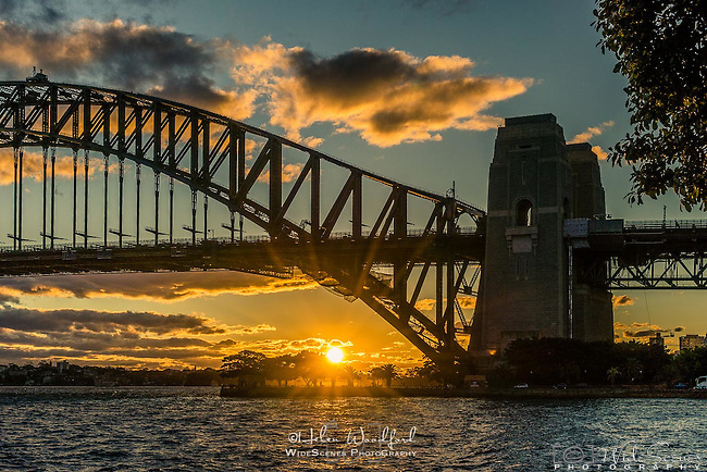 Sunset behind Sydney Harbour Bridge, Sydney, NSW, Australia