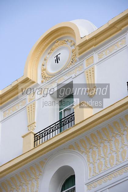 Afrique/Afrique du Nord/Maroc /Casablanca: détail de la facade Art-Déco du Touring Hotel rue Allal Ben Abdellah
