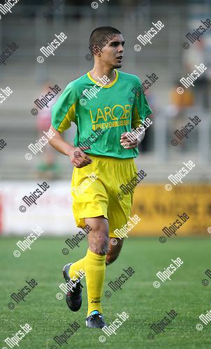 2009-08-01 / Seizoen 2009-2010 / Voetbal / Sint Lenaarts / Karim Didi..Foto: Maarten Straetemans (SMB)