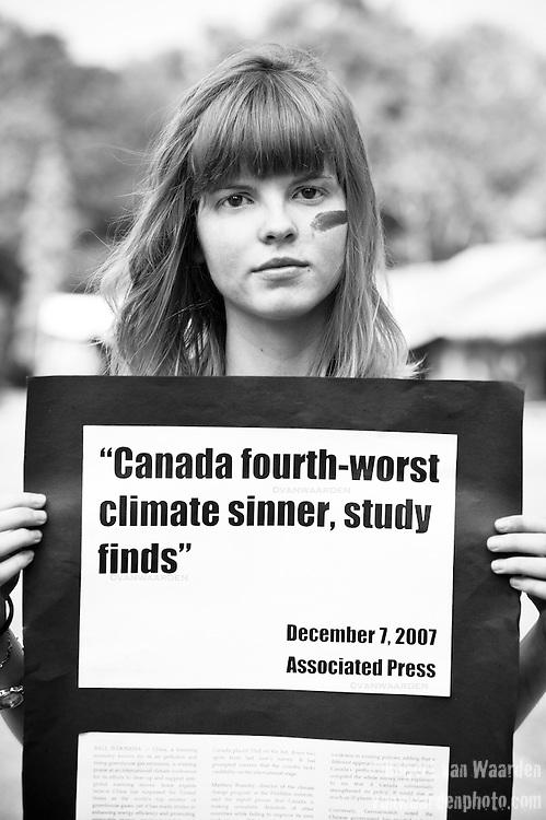 Jess Wishart - Canadian Youth Delegation (©Robert vanWaarden, Nusa Dua, Indonesia Dec 12, 2007)