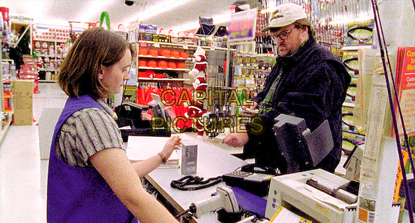 MICHAEL MOORE.in Bowling For Columbine.Ref: 11886.Filmstill - Editorial Use Only.Ref: FBAW.www.capitalpictures.com.sales@capitalpictures.com.Supplied by Capital Pictures