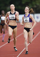 17 JUL 2008 - LOUGHBOROUGH, UK - Kim Wall (45) outruns Vicky Barr in the 400m -  Loughborough European Athletics Permit Meeting. (PHOTO (C) NIGEL FARROW)