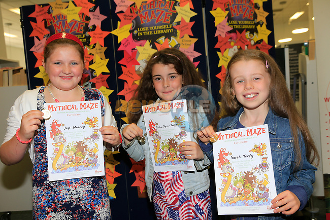 Joy Mooney, Alisha Byrne Taaffe and Sarah Teefy at the awards for Summer Reading Challenge in Drogheda Library<br /> Picture: www.newsfile.ie