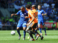 Cardiff City's Junior Hoilett battles with Reading's Sone Aluko<br /> <br /> Photographer Ian Cook/CameraSport<br /> <br /> The EFL Sky Bet Championship - Cardiff City v Reading - Sunday 6th May 2018 - Cardiff City Stadium - Cardiff<br /> <br /> World Copyright &copy; 2018 CameraSport. All rights reserved. 43 Linden Ave. Countesthorpe. Leicester. England. LE8 5PG - Tel: +44 (0) 116 277 4147 - admin@camerasport.com - www.camerasport.com