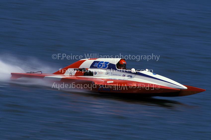 "Steve Linn, A-63 ""Blurred Vision""  (2.5 MOD class hydroplane(s) Hampton, VA 1993"