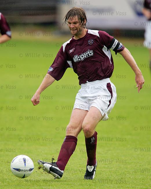 Steven Pressley, Hearts.stock season 2004-2005.pic willie vass