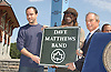 .Dave Matthews and Boyd Tinsley of the Dave Matthews and Mayor Bloomberg.at the announcement of Dave Matthews Band concert on September 12, 2003 in Central Park. The concert will be in .Central Park on September 24, 2003. Photo By Robin Platzer, Twin Images
