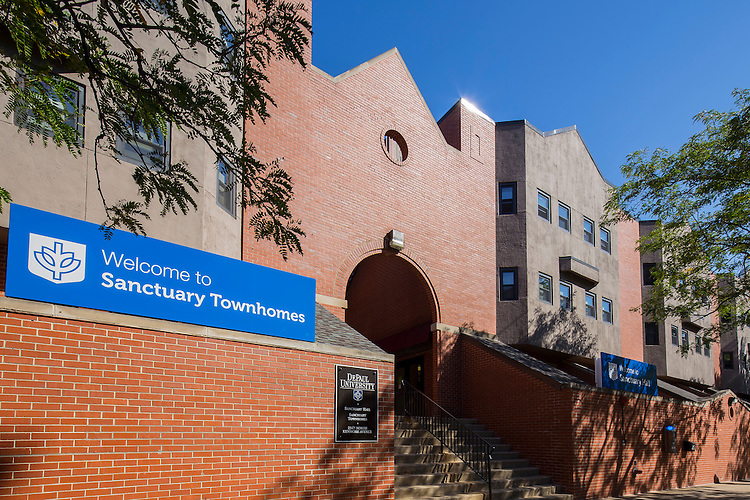 DePaul University's Sanctuary Townhomes and Sanctuary Hall provides students with private kitchens, bathrooms and air-conditioning. September 23, 2014. (DePaul University/Jeff Carrion)