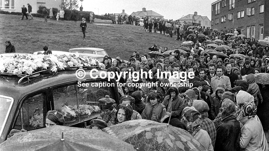 Thousands attend the funeral of Irish Ranger William Best who was executed by the Official IRA in Londonderry on 21st May 1972. Best, a member of the British Army,  was a native of the staunchly republican Creggan area of Londonderry. Ranger Best, who was home leave from Germany, had never served as a frontline soldier in N Ireland. 197205230306a, 306/72..Copyright Image from Victor Patterson, 54 Dorchester Park, Belfast, UK, BT9 6RJ..Tel: +44 28 9066 1296.Mob: +44 7802 353836.Voicemail +44 20 8816 7153.Skype: victorpattersonbelfast.Email: victorpatterson@me.com.Email: victorpatterson@ireland.com (back-up)..IMPORTANT: If you wish to use this image or any other of my images please go to www.victorpatterson.com and click on the Terms & Conditions. Then contact me by email or phone with the reference number(s) of the image(s) concerned.