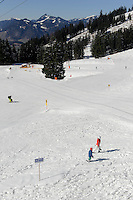 Skipiste beiBergstation Seealpe auf dem Nebelhorn bei Oberstdorf im Allg&auml;u, Bayern, Deutschland<br /> Piste near Hillstation Seealpe,  Mt.Nebelhorn near Oberstdorf, Allg&auml;u, Bavaria, Germany