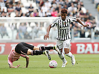 Calcio, Serie A: Juventus vs Palermo. Torino, Juventus Stadium, 17 aprile 2016.<br /> Juventus&rsquo; Mario Lemina, right, is challenged by Palermo's Franco Vazquez during the Italian Serie A football match between Juventus and Palermo at Turin's Juventus Stadium, 17 April 2016.<br /> UPDATE IMAGES PRESS/Isabella Bonotto