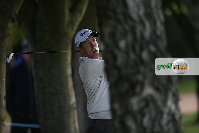 Anton Du Beke amongst the trees down the 17th during the Pro-Am ahead of the 2015 BMW PGA Championship over the West Course at Wentworth, Virginia Water, London. Picture David lloyd, www.golffile.ie: 20/05/2015