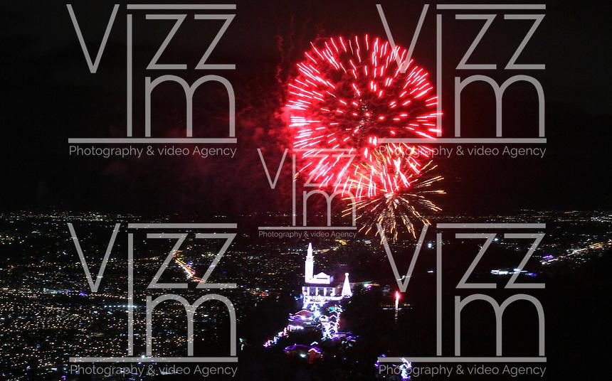 BOGOTÁ - COLOMBIA, 21-12-2019:Juegos pirotécnicos en el Santuario de Monserrate/ <br /> . Photo: VizzorImage / Felipe Caicedo / Satff