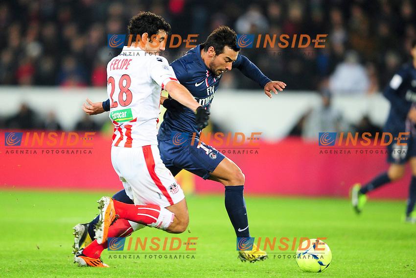 Ezequiel Lavezzi (PSG) vs Felipe Saad (Ajaccio) .Football Calcio 2012/2013.Ligue 1 Francia.Foto Panoramic / Insidefoto .ITALY ONLY
