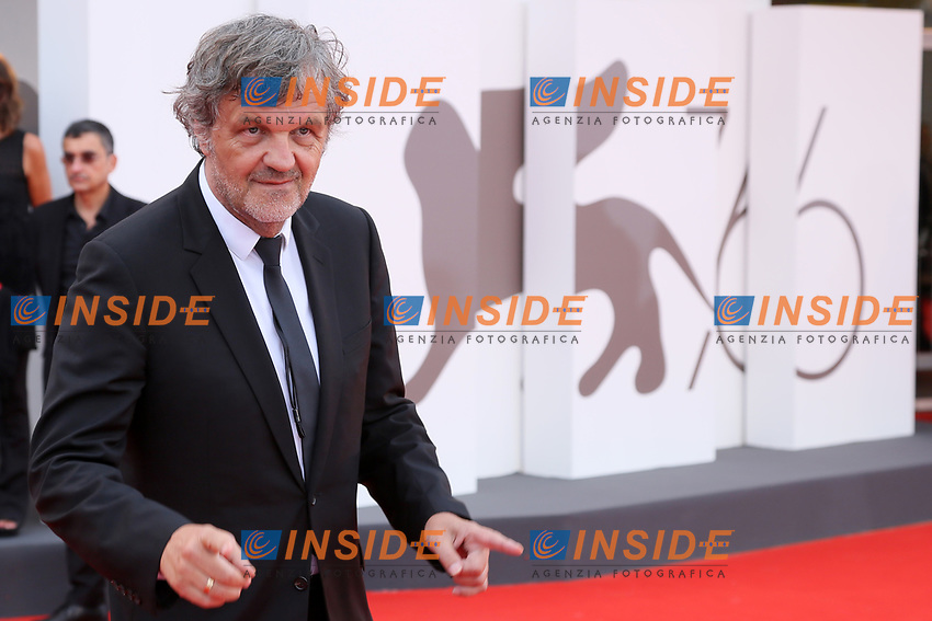 """VENICE, ITALY - AUGUST 28: Emir Kusturica walks the red carpet ahead of the Opening Ceremony and the """"La Verite"""" (The Truth) screening during the 76th Venice Film Festival at Sala Grande on August 28, 2019 in Venice, Italy., 2019 in Venice, Italy. (Photo by Marck Cape/Inside Foto)<br /> Venezia 28/08/2019"""
