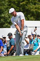 Bryson DeChambeau (USA) chips on to 3 during round 2 of the 2019 Tour Championship, East Lake Golf Course, Atlanta, Georgia, USA. 8/23/2019.<br /> Picture Ken Murray / Golffile.ie<br /> <br /> All photo usage must carry mandatory copyright credit (© Golffile | Ken Murray)