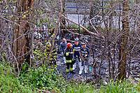 Rom morto bruciato nell' incendio della baracca