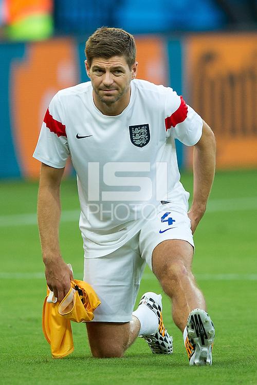 Steven Gerrard of England warms up